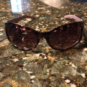 GUC Calvin Klein R511S 209 Sunglasses